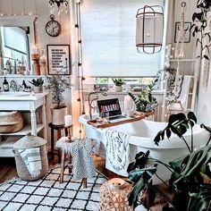 New Stylish Bohemian Home Decor and Design Ideas - Bohemian Home İdeas Bohemian Bathroom, Bohemian Decor, Bohemian Homes, Bohemian Lifestyle, Bohemian Style, Moroccan Theme, Boho Stil, My New Room, Interior Design Living Room
