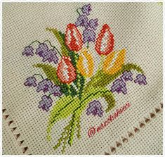 iyi akşamlar #etamin#kaneviçe#elişi#handmade#embroidery #flower #flowers… Cross Stitch Rose, Cross Stitch Flowers, Chain Stitch, Cross Stitching, Cross Stitch Embroidery, Knitting Needles, Handicraft, Needlepoint, Bargello