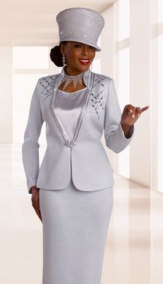 DVK13021CO - $349 Size: 8 Color: White  LIMITED TIME OFFER, YOU WILL RECEIVE A FREE $50 GIFT CERTIFICATE BY EMAIL WITH THE PURCHASE OF THIS SUIT