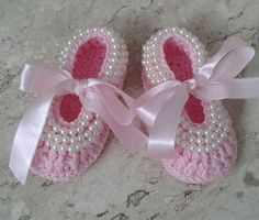 Baby girl crochet shoes will make some with pearls