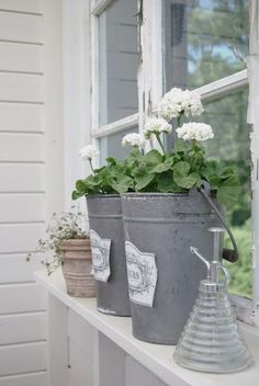 Farmhouse Touches — (via Pinterest: Discover and save creative ideas)