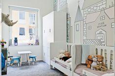 kids room//wallpaper..