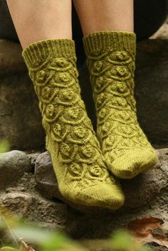 Ivy Trellis Socks: Botanical Knits - By Alana Dakos of Never Not Knitting
