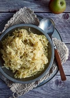surkål Norwegian Food, Norwegian Recipes, Xmas Food, Winter Holidays, Risotto, Macaroni And Cheese, Food And Drink, Favorite Recipes, Mat