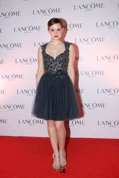 Emma Watson's dress Imagine it in white!