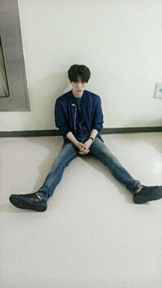 Post with 0 votes and 3264 views. Asian Actors, Korean Actors, You're All Surrounded, Ahn Jae Hyun, Ideal Type, My Man, Kpop, Blood, Life
