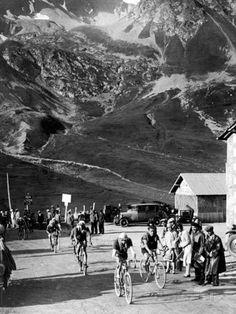 Tour De France 1929, 15th Leg Grenoble/Evian (Alps) on July 20: Antonin Magne Ahead Photo at AllPosters.com
