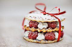 white christmas foods | christmas, food, pretty, red, ribbon - inspiring picture on Favim.com
