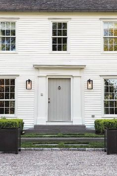 Exterior Paint Colors - You want a fresh new look for exterior of your home? Get inspired for your next exterior painting project with our color gallery. All About Best Home Exterior Paint Color Ideas Colonial Front Door, Colonial Exterior, Modern Colonial, Modern Farmhouse, Front Doors, American Farmhouse, White Farmhouse, Colonial House Exteriors, Fresh Farmhouse