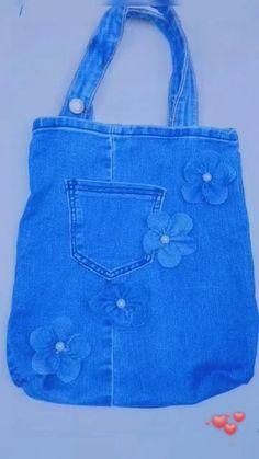 Denim Bags From Jeans, Diy Old Jeans, Denim Purse, Diy Bags Jeans, Old Jeans Recycle, Denim Tote Bags, Denim Bag Patterns, Bag Patterns To Sew, Jean Crafts