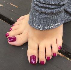 27 Adorable Easy Toe Nail Designs 2020 – Simple Toenail Art Designs : Page 5 of 25 : Creative Vision Design - 27 Adorable Easy Toe Nail Designs 2020 – Simple Toenail Art Designs : Page 5 of 25 : Creative Vision Design toenail designs Simple Toe Nails, Pretty Toe Nails, Cute Toe Nails, Cute Toes, Pretty Toes, Toe Nail Color, Toe Nail Art, Nail Colors, Acrylic Toe Nails
