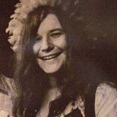 Janis Joplin played here: at Threadgill's in downtown Austin. Now a popular… Texas Texans, Texas Music, Texas Things, Texas History, Janis Joplin, She Song, Female Singers, Austin Tx, Jimi Hendrix