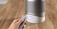 The Dyson Pure HotCool Link is one temperature-and-air-quality regulator to rule them all. The post Dyson Crams a Heater Fan and Air Purifier Into One Device appeared first on WIRED. Home Gadgets, Tech Gadgets, Office Gadgets, Portable Projector, Cool Technology, Technology Updates, Business Technology, Tecno