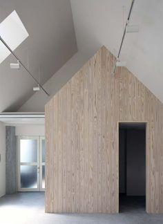 Kawanishi Fam is a former coffee-roasting warehouse turned minimal creative space for entrepreneurs.