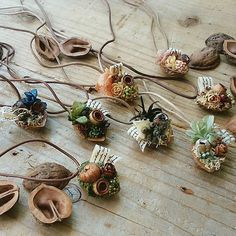 Deco Nature, Beautiful Christmas Decorations, Indian Crafts, Diy Funny, Merry Little Christmas, Flower Boxes, Christmas Projects, Dried Flowers, Handicraft
