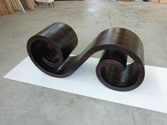 base tavolo realizzata in legno toulipier tinto wengè...