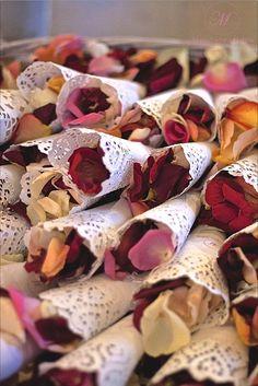 #slubne #kwiaty #elegant #wedding #flower  #rose #petals #manufakturaslubna #sluby #decoratons