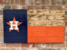 Veteran Woodworks presents our (approx)Houston Astros state of Texas burnt wood flags! Mounting hardware attached, just hang🤗💪🇺🇸 Diy Arts And Crafts, Wood Crafts, Dallas Cowboys Crafts, Cowboy Crafts, Patio Signs, Boys Room Design, Wood Signs For Home, Wood Flag, Houston Astros