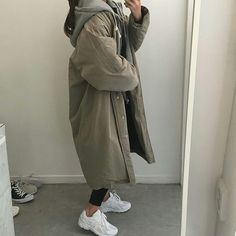 something special something special Source by yewangmkz Tesettür Mont Modelleri 2020 Korea Fashion, Asian Fashion, Look Fashion, Trendy Fashion, Ulzzang Fashion, Hijab Fashion, Fashion Outfits, Mode Outfits, Korean Outfits