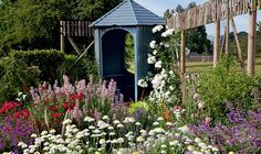 A garden designed with late blooming borders | Period Living