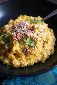 Creamy Maple Bacon Pumpkin Risotto--swap quinoa for rice Seafood Recipes, Dinner Recipes, Cooking Recipes, Healthy Recipes, Fancy Recipes, Couscous, Risotto Receita, Pasta Dishes, Food Dishes