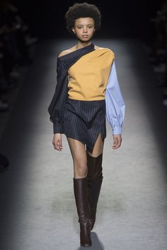 Jacquemus Fall 2016 Ready-to-Wear Collection - Vogue Fashion Week Paris, Fall Fashion 2016, Autumn Fashion, Fashion Details, Look Fashion, Fashion Show, Kintsugi, Fashion Terms, Jacquemus