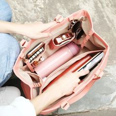 Brenice QUEENIE Women Casual Shopping Multifunction Handbag Solid Shoulder Bag is designer, see other popular bags on NewChic. Sac College, Inside My Bag, What's In My Purse, What In My Bag, Work Bags, Popular Bags, Bag Organization, Online Bags, Fashion Bags