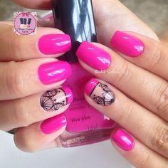 Instagram media by madahsantana - Só mais uma...  #pink#lindo#avon #madahsantana #manicure #nailartes #naoéadesivo #tubinhoscoloridos #traçolivre