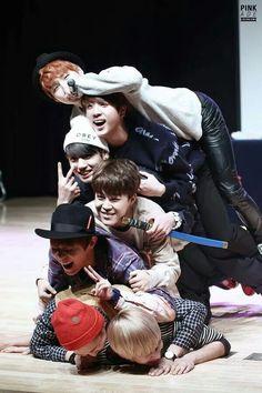 Bangtan Boys | 141127 | Gangnam Fansigning Event | Facebook