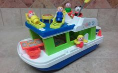 Vintage Fisher Price Little People Play Family Houseboat    JamaicaInn @ Etsy   $80.00
