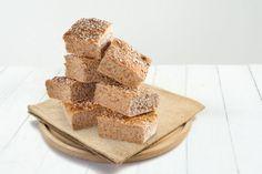 Grove rundstykker i langpanne Cereal, Breakfast, Food, Morning Coffee, Eten, Meals, Corn Flakes, Morning Breakfast, Breakfast Cereal