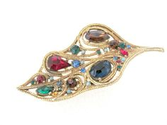 Beautiful gold and rhinestone unsigned La Roco leaf brooch from the Done in gold-tone rope style metal, with gorgeous jewel tone stones Vintage Costume Jewelry, Vintage Costumes, Vintage Jewelry, Vintage Santas, Jewel Tones, Vintage Brooches, Autumn Leaves, 1960s, Vintage Items