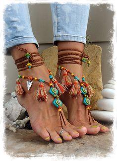 Pocahontas BAREFOOT Sandals Tribal Tassel Fringe sandal por GPyoga