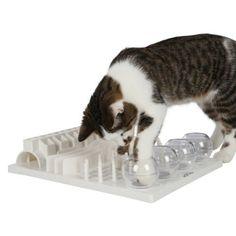 Cat Activity FunBoard von Trixie   Trixie Cat Activity Fun Board – 5 Spielmodule stellen unterschiedliche Aufgaben (riechen, tasten, sehen) Herausforderung und Spielspaß: das intelligente Spielzeug für Katzen – Foto: amazon.de Dieses schöne Cat Activity Fun Board ist für Katzen ab 3 Monaten bestens geeignet. Es stillt ......https://www.spielzeug-katze.de/cat-activity-funboard-von-trixie/