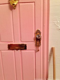 1000 images about my little fairy door on pinterest for Fairy door with key