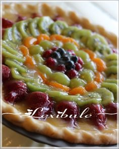 http://lesmillesetundelicedelexibule.blogspot.co.uk/2012/02/tarte-aux-fruits-et-au-chocolat-blanc.html