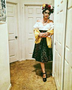 Me as Frida Kahlo. Frida Kahlo Costume, Halloween Costumes, Instagram Posts, Vintage, Style, Fashion, Craft, Swag, Moda