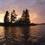 "Voyageur Quest specializes in Algonquin Park Canoe Trips and lodge Based Adventures. Nominated for ""signature experience"" by Canadian Tourism Commission. Romantic Resorts, Romantic Getaway, Algonquin Park, Lakeside Cottage, Canoe Trip, Vacation Resorts, Ontario, Tourism, Island"
