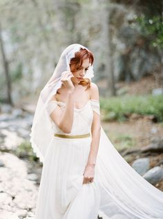 A stunningly pretty and elegant bridal shoot in the San Gabriel Mountains by California Wedding Photographer Luna de Mare