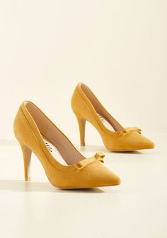 Machi Footwear Pump at the Opportunity Heel in Goldenrod