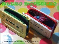 Las Creaciones de Bea y Natalia monedero hecho con un cassette