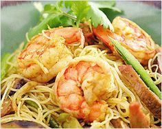Singapore Fried Rice Noodles Recipe (星洲炒米粉) | Easy Asian Recipes at RasaMalaysia.com