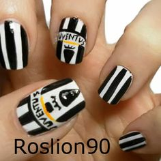 Juventus Wallpapers, Cr7 Juventus, Cristiano Ronaldo, Beauty Nails, Pretty Nails, Hair And Nails, Nail Designs, Make Up, My Favorite Things