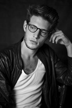 Men and glasses #mensfashion