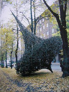 "Jaakko Pernu: ""Spinning Top"", Kotka, 2001 Jaakko Pernu was born in 1958 in Kälviä, Finland, and lives and works inthe city of Kokkola. Outdoor Sculpture, Outdoor Art, Sculpture Art, Metal Sculptures, Abstract Sculpture, Bronze Sculpture, Land Art, Performance Artistique, Environmental Sculpture"