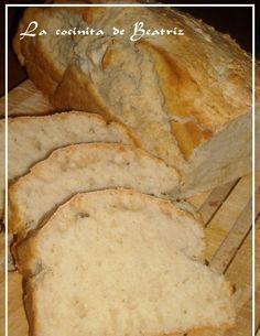 Este pan ha sido todo un decubrimiento!!!!!!!!!! Es super super rapido, necesita pocos ingredientes y no tienes que dejarlo levar!!!! Y sale... Biscuit Bread, Pan Bread, Pan Dulce, Pan Rapido, Bread Recipes, Cooking Recipes, Salty Foods, Super Rapido, Bread And Pastries