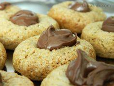 Perníkové cookies s čokoládou Crinkles, Food To Make, Nom Nom, Good Food, Sweets, Homemade, Cookies, Crack Crackers, Gummi Candy