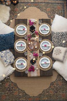 Ramadan/ Ramzan Decor - Ramadan/ Ramzan tablescape/decor with bougainvillea flowers and low/floor seating Best Picture For - Decoraciones Ramadan, Bougainvillea, Home Decor Bedroom, Room Decor, Ramadan Crafts, Ramadan Sweets, Eid Party, Table Set Up, Floor Seating