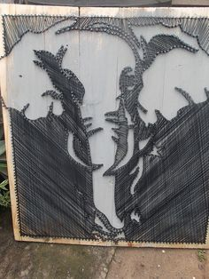 Elephant string art on pallets