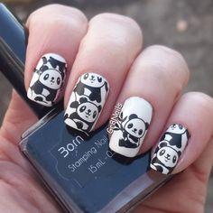 Nailpolis Museum of Nail Art Panda Bear Nails, Panda Nail Art, Animal Nail Designs, Gel Nail Designs, Nail Polish Art, Stamping Nail Art, Minimalist Nails, Best Acrylic Nails, Creative Nails